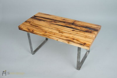 Reclaimed-wooden-table